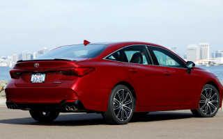 Совершенно новый седан Toyota Avalon 2019